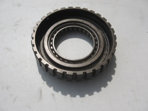 center clutch met one-way clutch 	vt700c 1984-85 , vf750 83-84	22131-mj0-010 + 22425-mb0-772	22131-mb0-770
