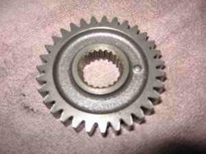 primary drive gear	Xr500r 83-84	23121-mg3-000