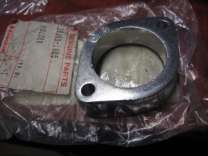 exhaust pipe holder , uitlaat drukstuk kz550 zx600-c zl600		oem		18069-1025